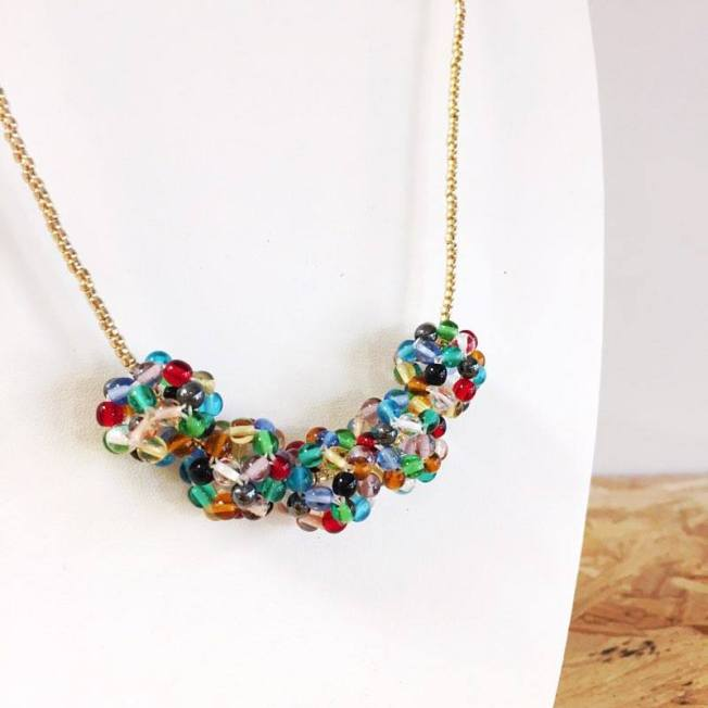 hand beaded necklace handmade by narjleen