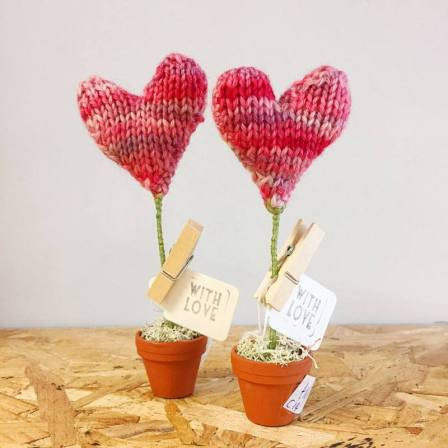 knitted heart plants by blazing needles
